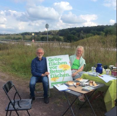 Grüner Direktkandidat verlangt Überprüfung der Ansiedlung von SVolt im Linsler Feld